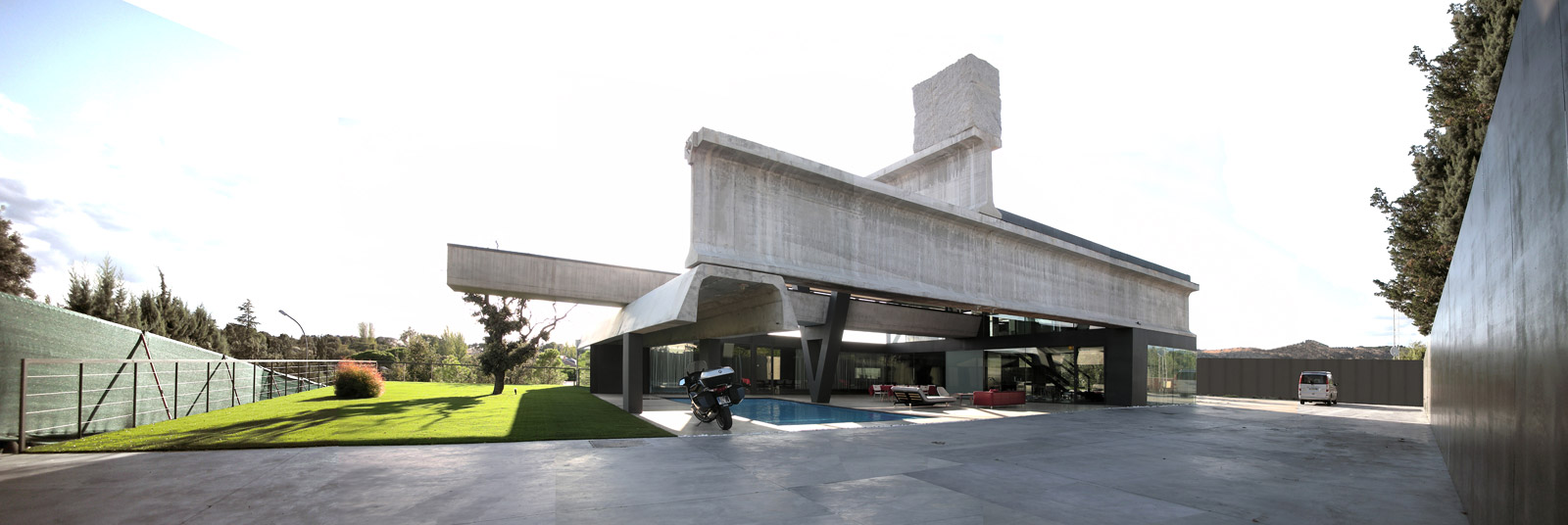 ShowCase: Hemeroscopium House | Features | Archinect